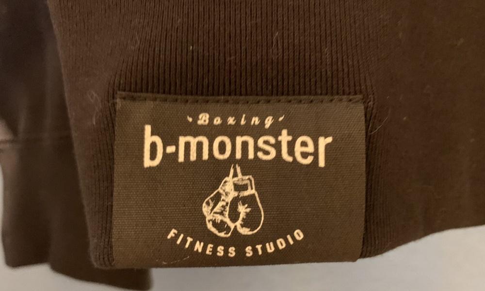 b-monsterオリジナル「フーディー」